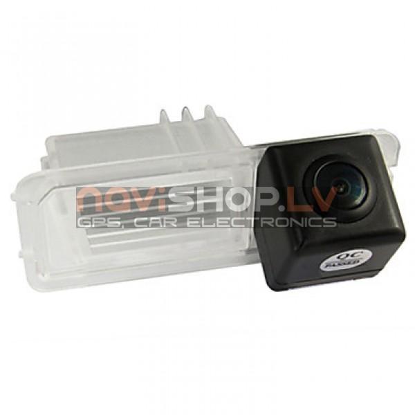 Atpakaļskata kamera special (PC7070/PAL/-2013 new Bora)